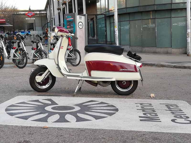 Scooter Club Madrid banned from polluted city | INTERVIEW