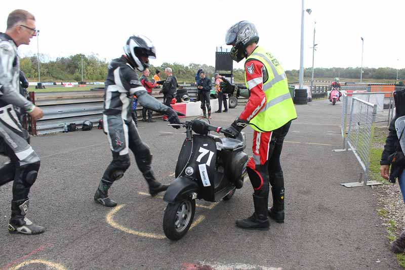 Shaun hands over to Sam after his first race session in 26 years