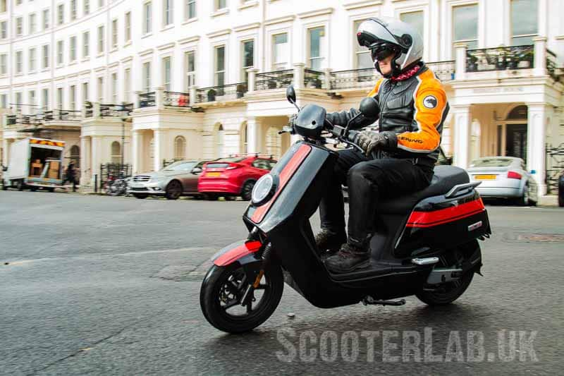First ride – Niu GT electric scooter | ROAD TEST