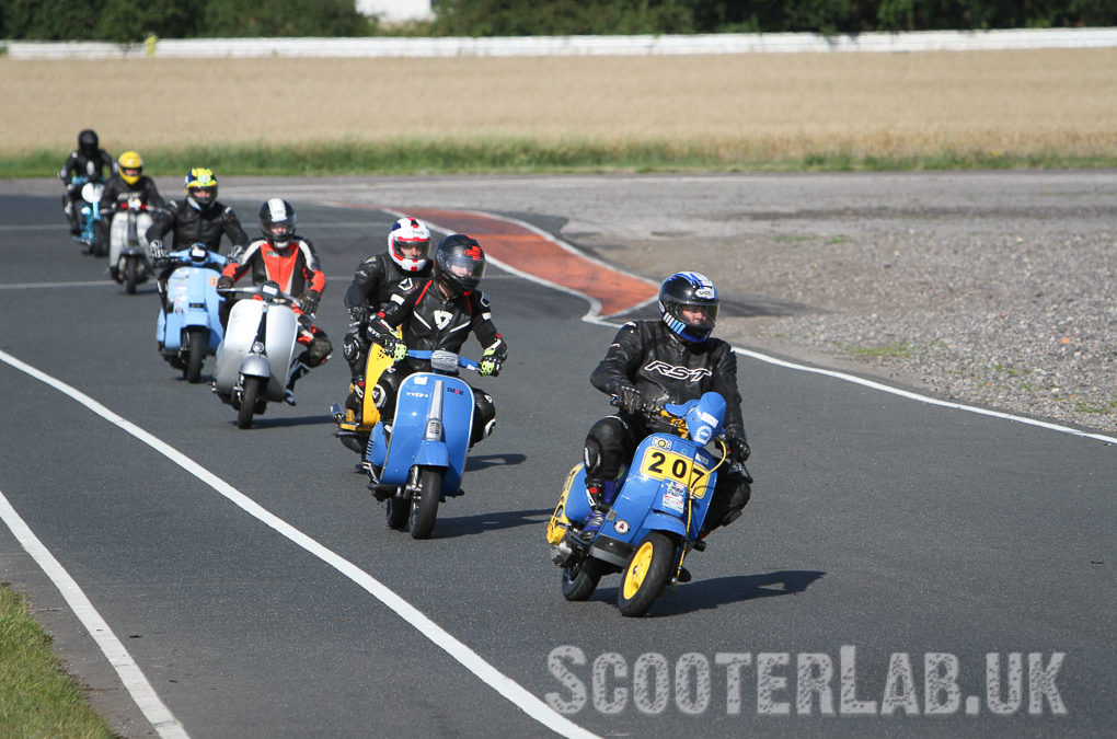 Blyton Park BSSO Scooter only track day   FEATURE